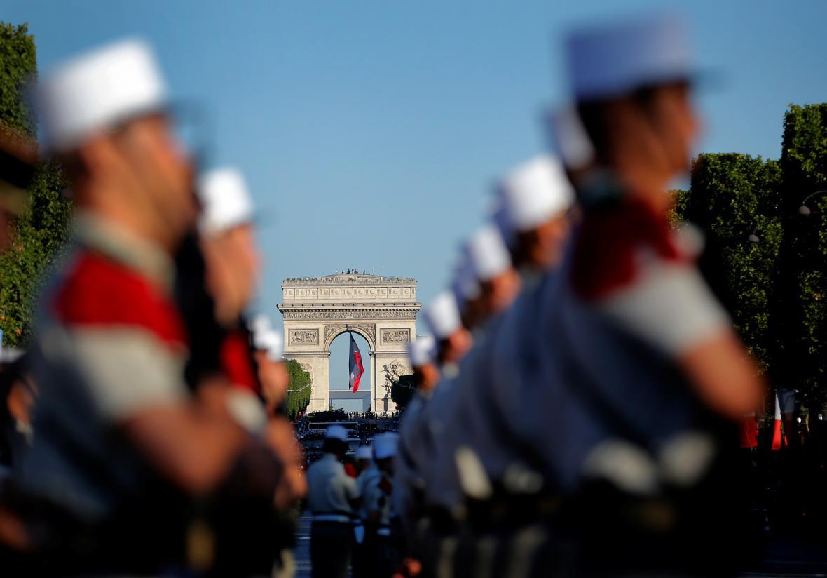 Francie slaví výročí pádu Bastily