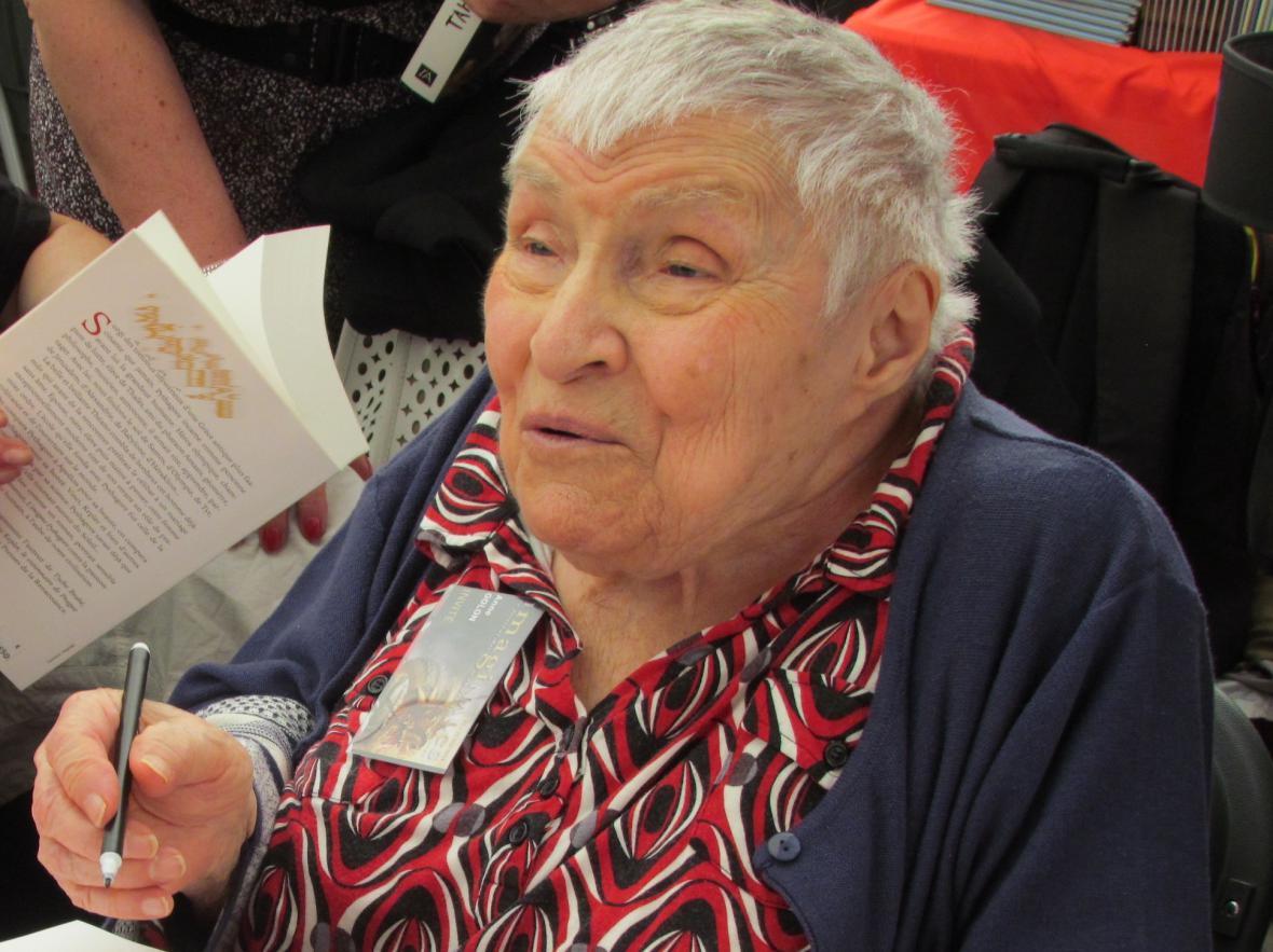 Anne Golonová