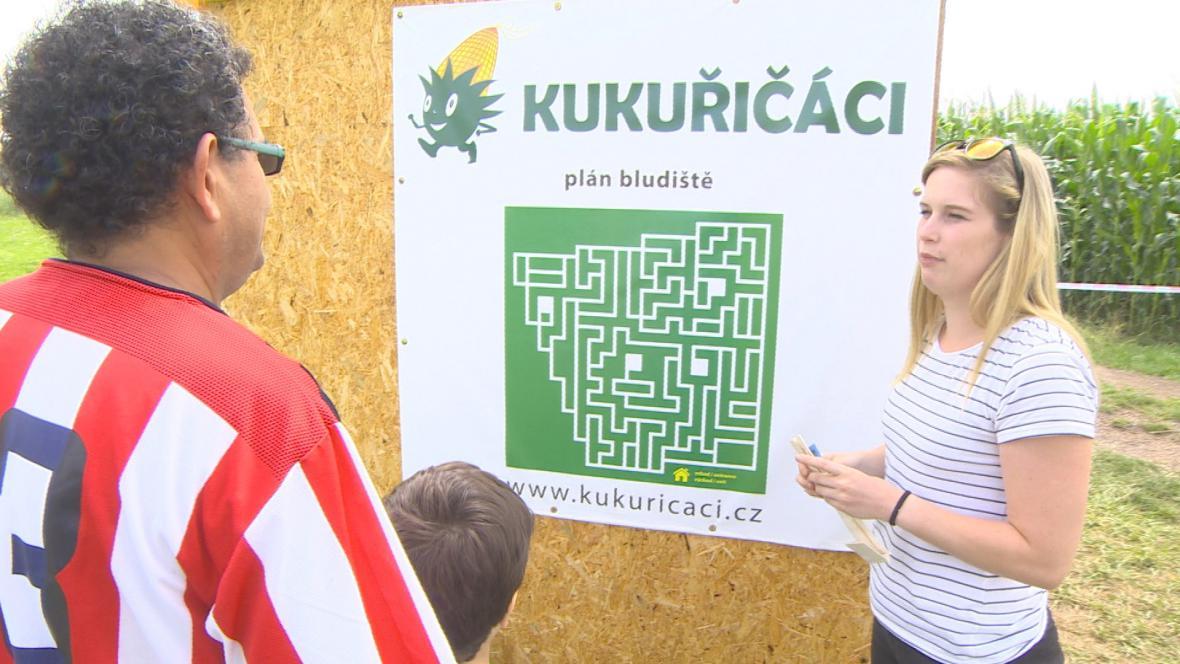 Plánek kukuřičného labyrintu