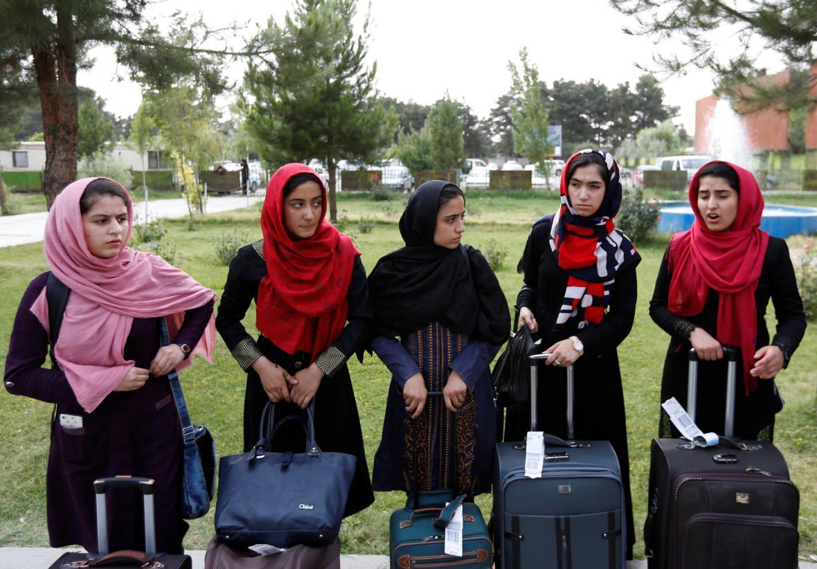 Členky afghánského robotického týmu