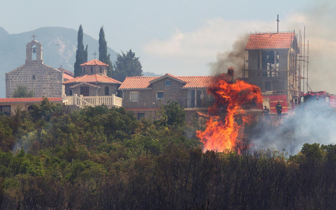 Požár v Černé Hoře
