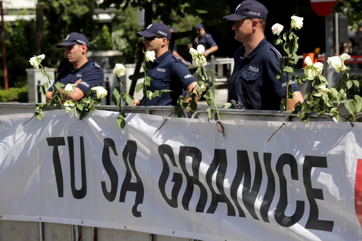 Protest před polským parlamentem