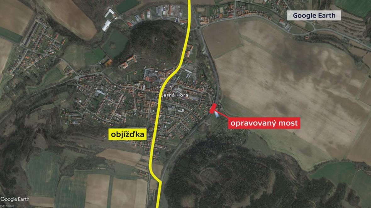 Objížďka vede centrem Černé Hory