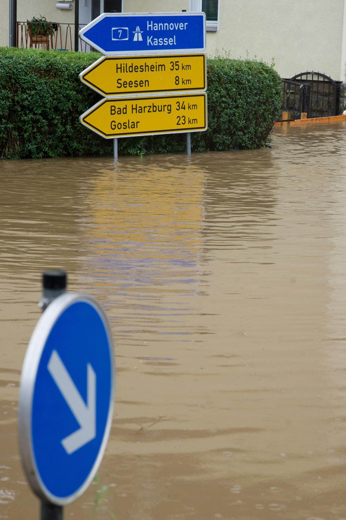 Zaplavené město Rhüden v Dolním Sasku