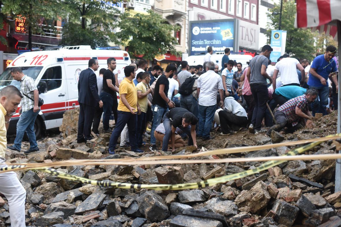 Následky bouře v Istanbulu