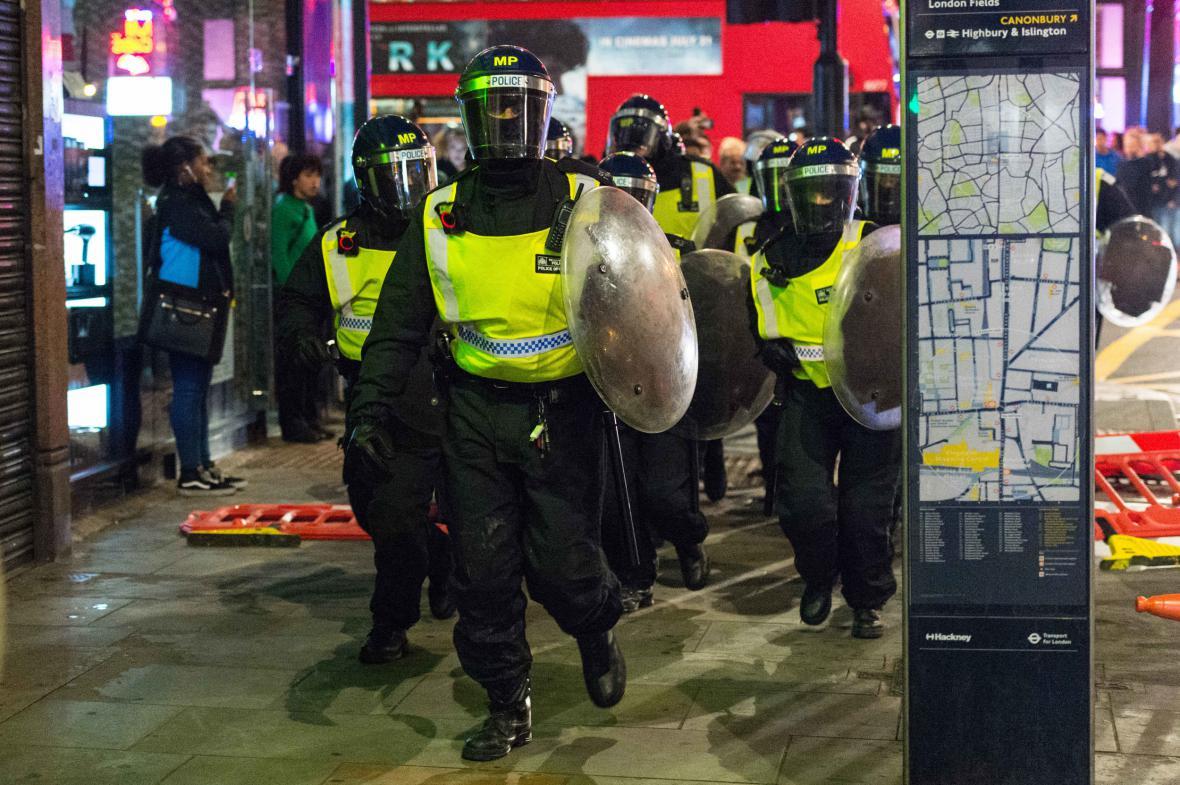 Nepokoje v Londýně