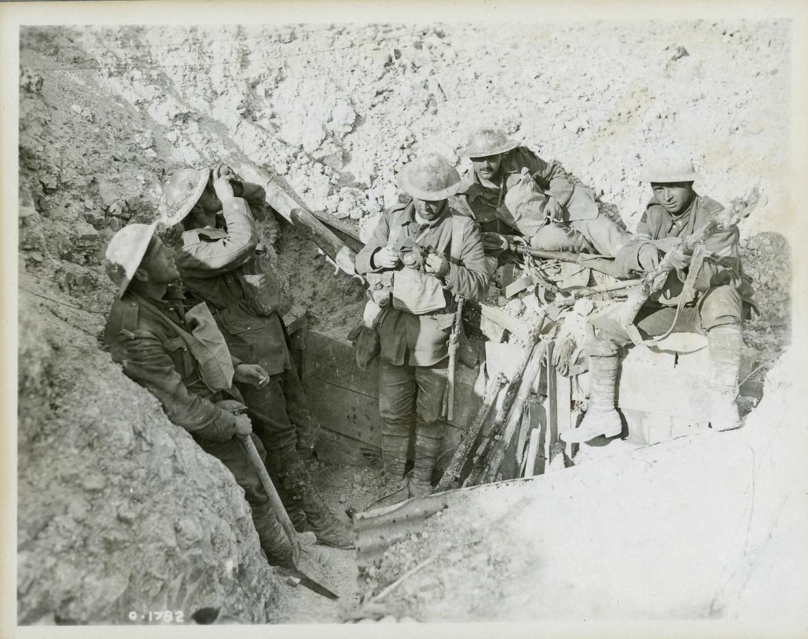 Kanadští vojáci ve třetí bitvě u Yper