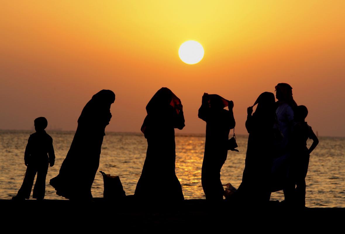 Saúdská rodina u Rudého moře