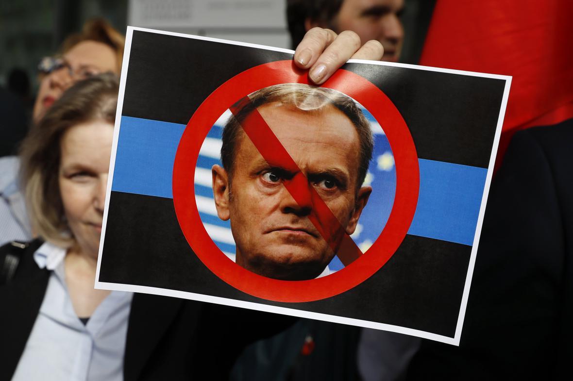 Tuskův odpůrce