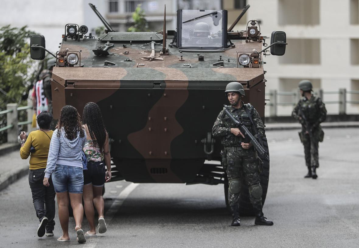 Zátah proti drogovým gangům v Riu de Janeiro