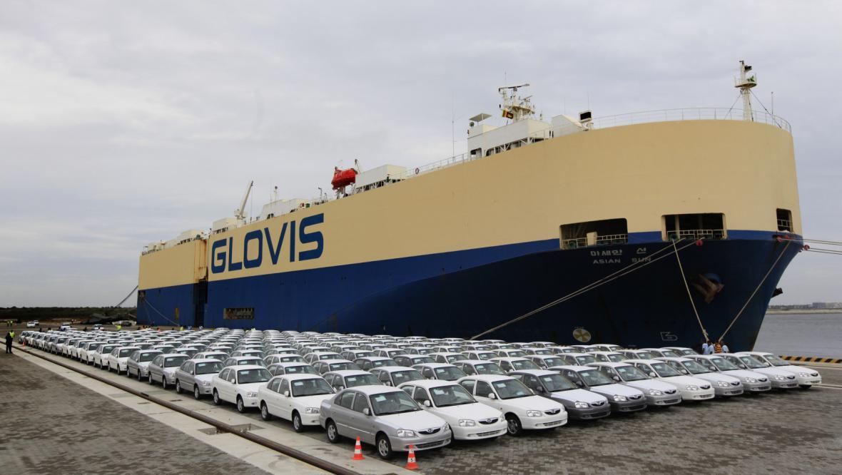 Číňany vybudovaný přístav na Srí Lance