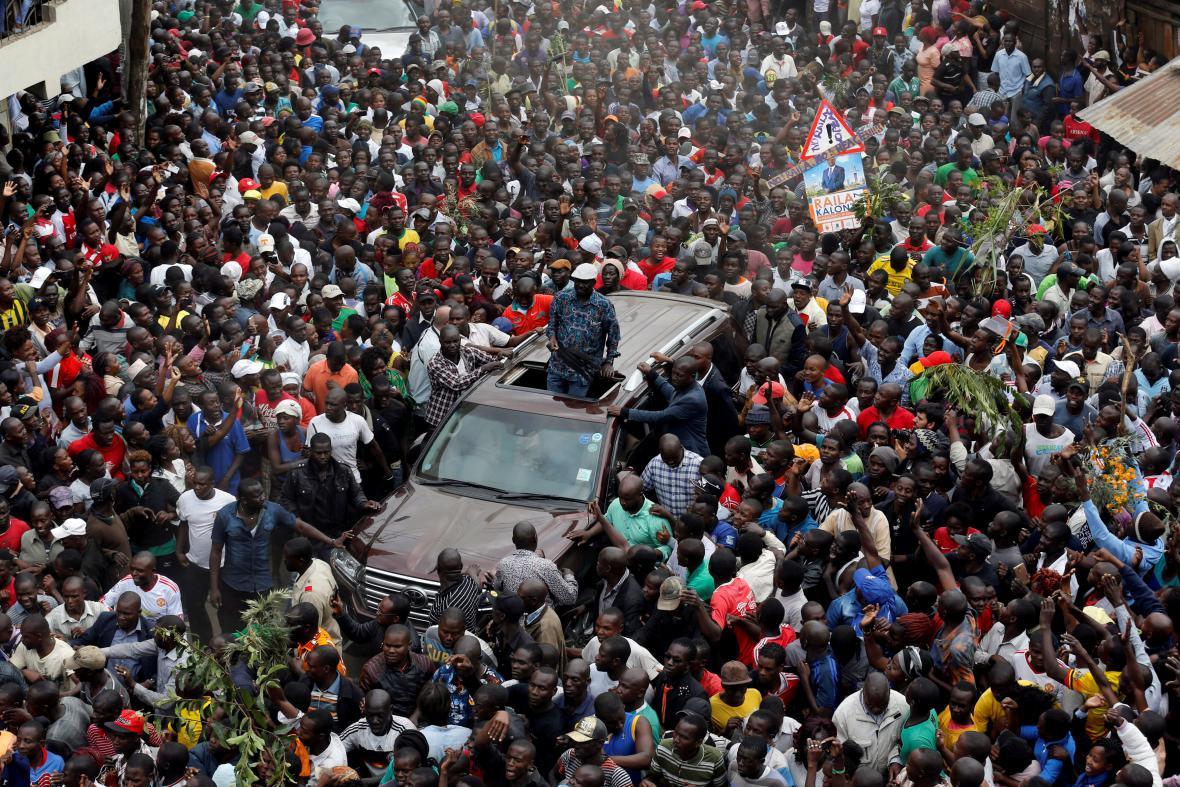 Vůdce keňské opozice vítá své stoupence v Nairobi