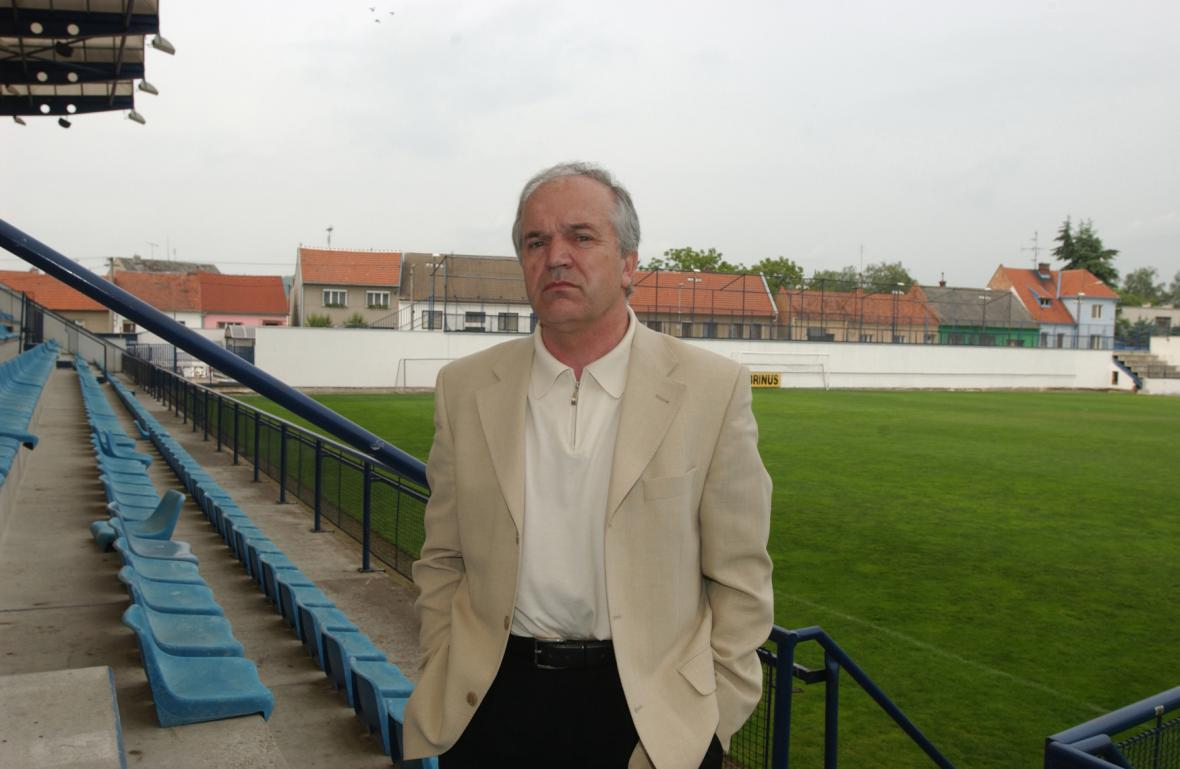 Jan Gottvald na stadionu v Drnovicích