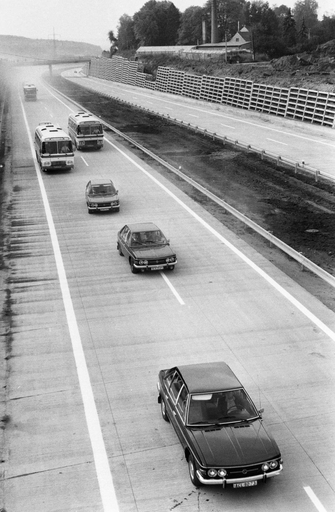 Zprovoznění dálnice D11