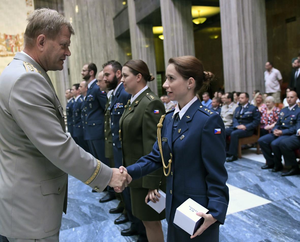 Ocenění účastníků a účastnic zahraničních misí