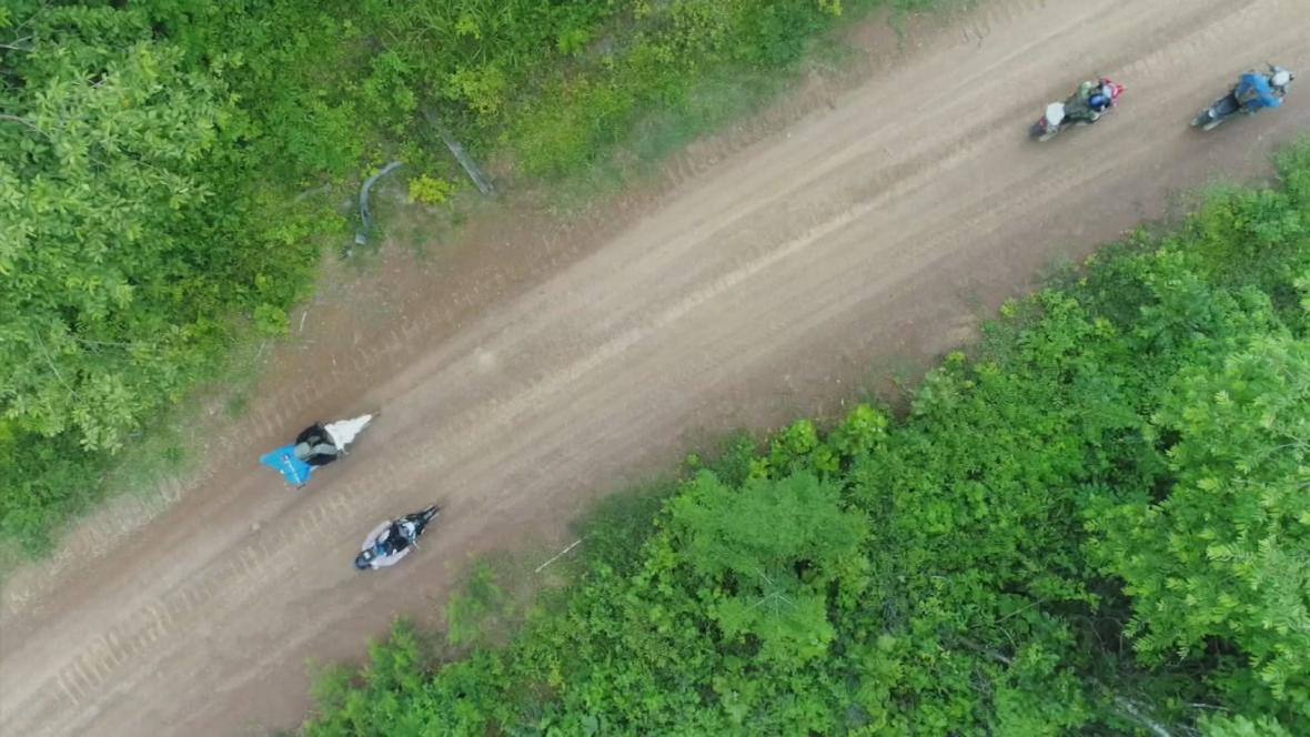 Kambodžští vesničané chrání prales
