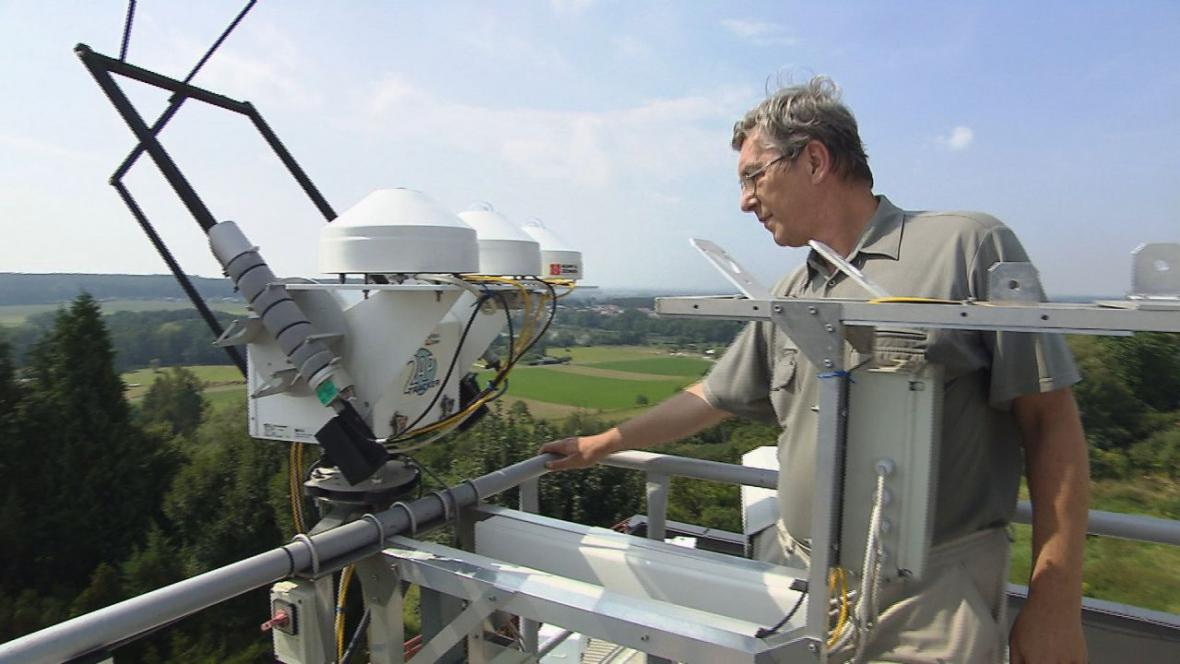 Stav ozónu sledují na observatoři v Hradci Králové