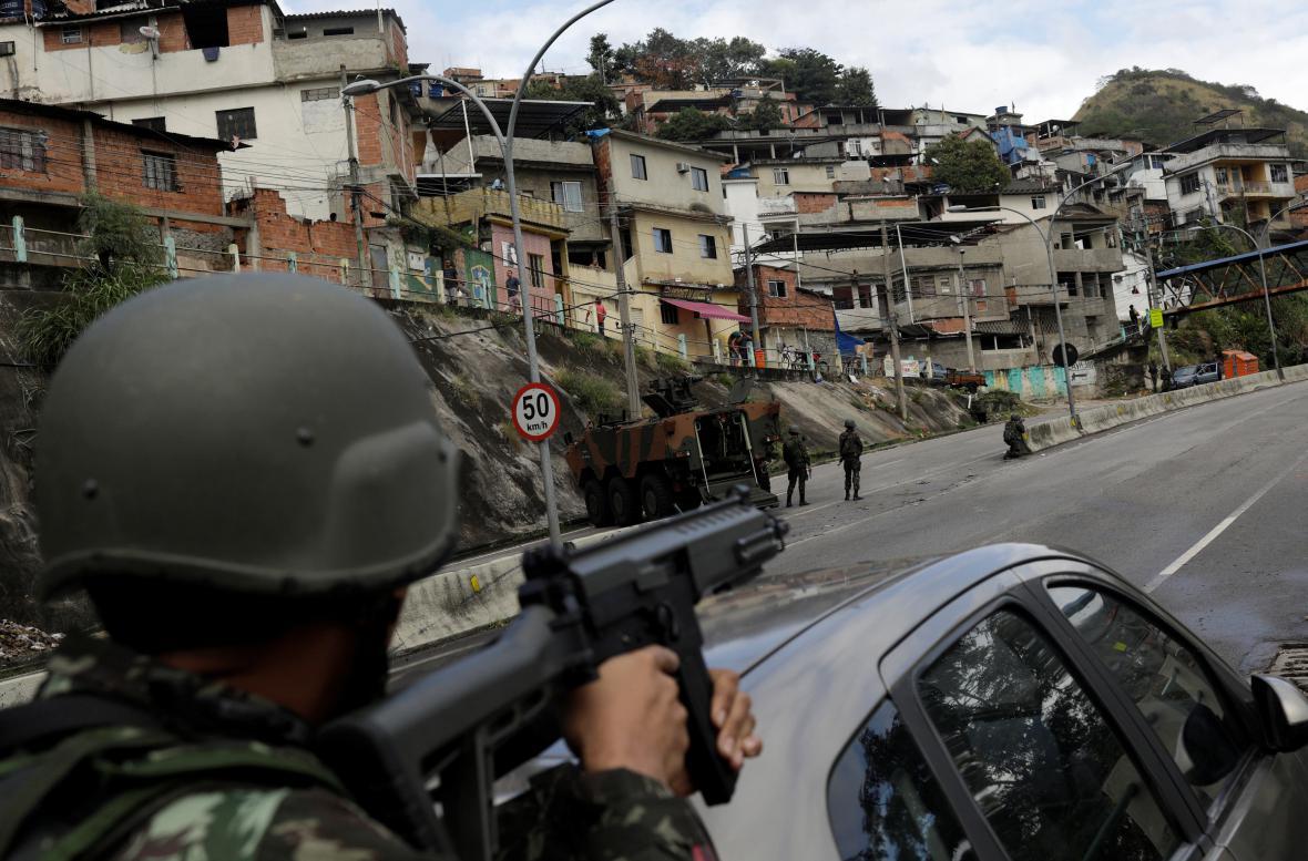 Vojenská akce v Riu de Janeiru