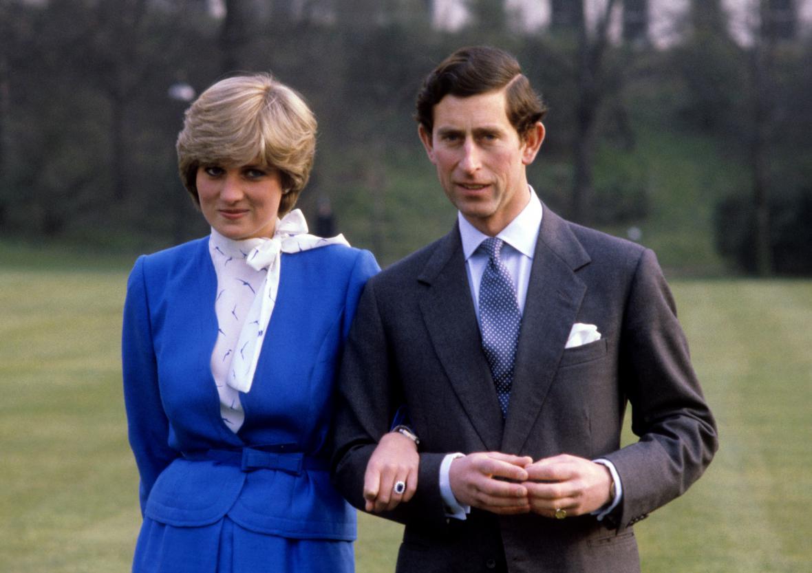 Lady Diana Spencerová a princ Charles oznámili zasnoubení počátkem roku 1981