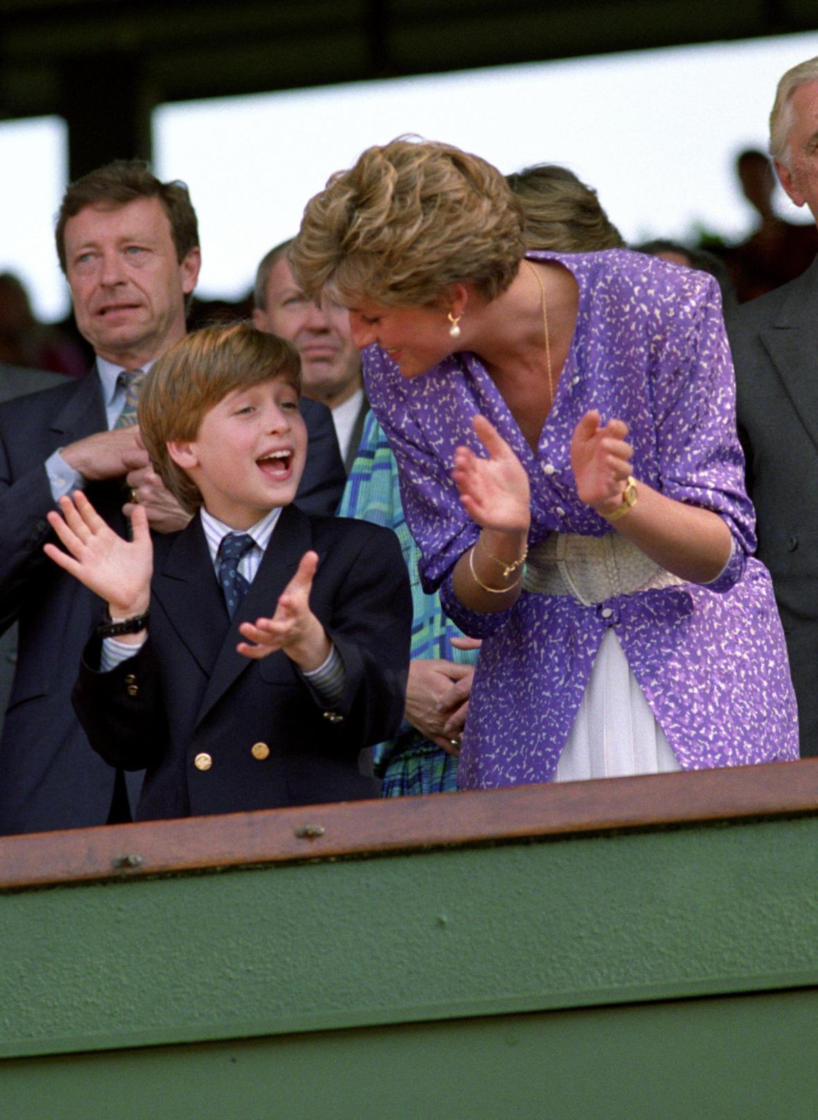 Diana s princem Williamem sledují v roce 1991 ženské finále Wimbledonu