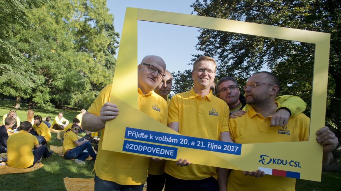 KDU-ČSL zahájila závěrečnou část volební kampaně