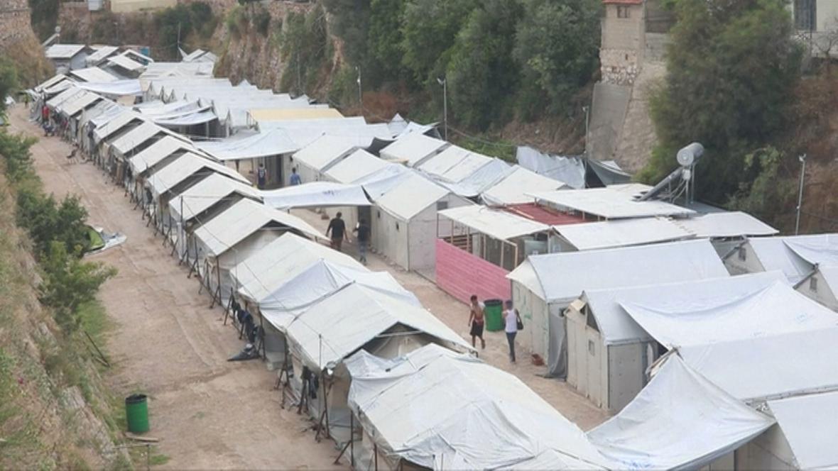 Provizorní ubytování uprchlíků na řeckých ostrovech