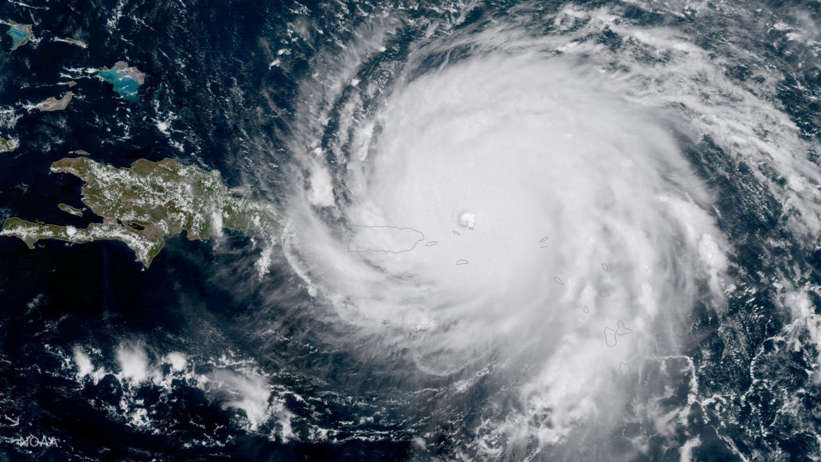 Hurikán Irma na satelitních snímcích