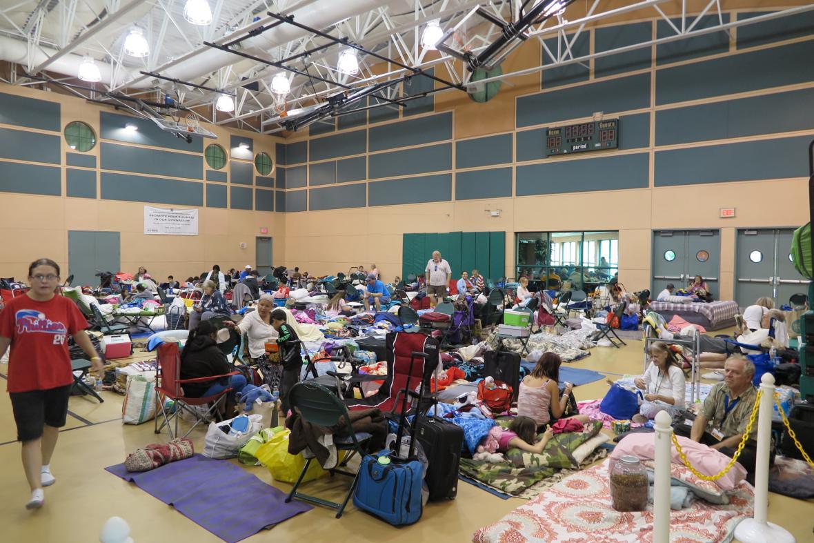 Evakuační středisko v Palm beach na Floridě
