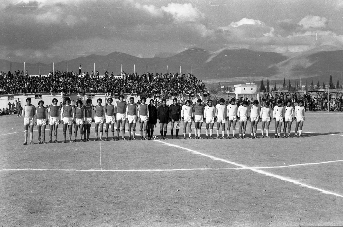 Twana Abdullah / Fotbalový zápas (70. léta, Kaladze, Irák)
