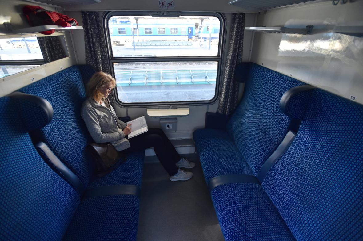 Modernizovaný vůz pro rychlíky Praha – Budějovice