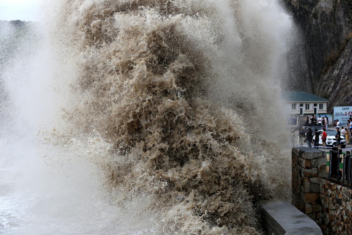Tajfun Talim řádil na jihu Číny