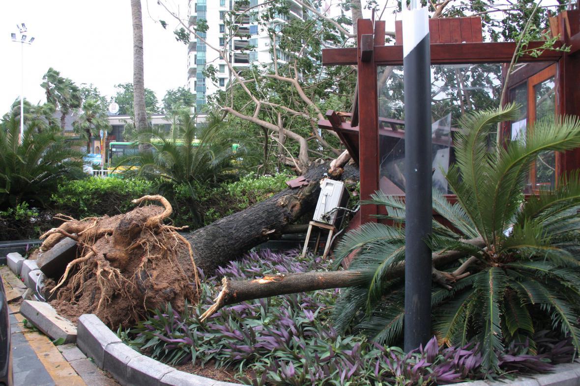 Následky tajfunu na jihu Číny