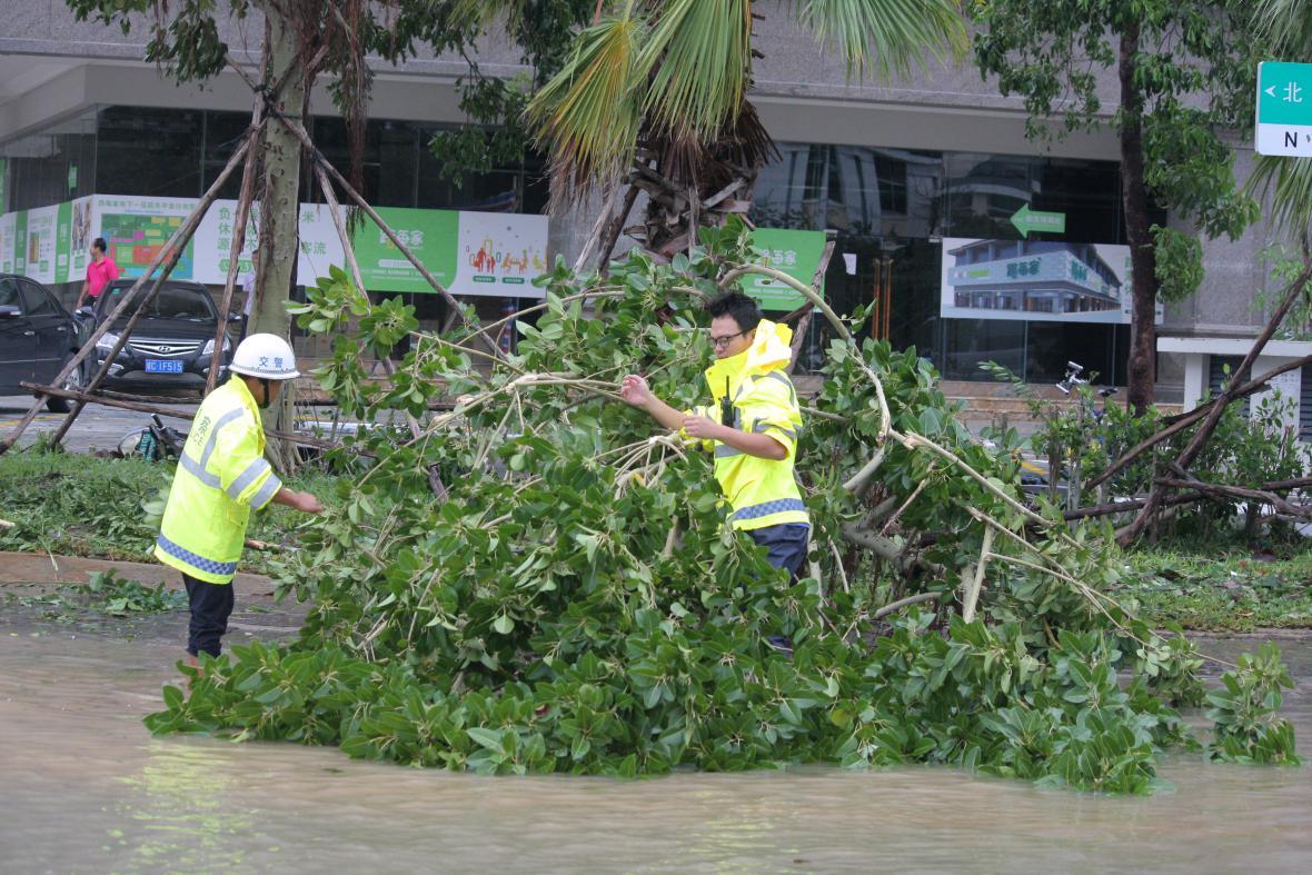 Tajfun se prohnal jihem Číny