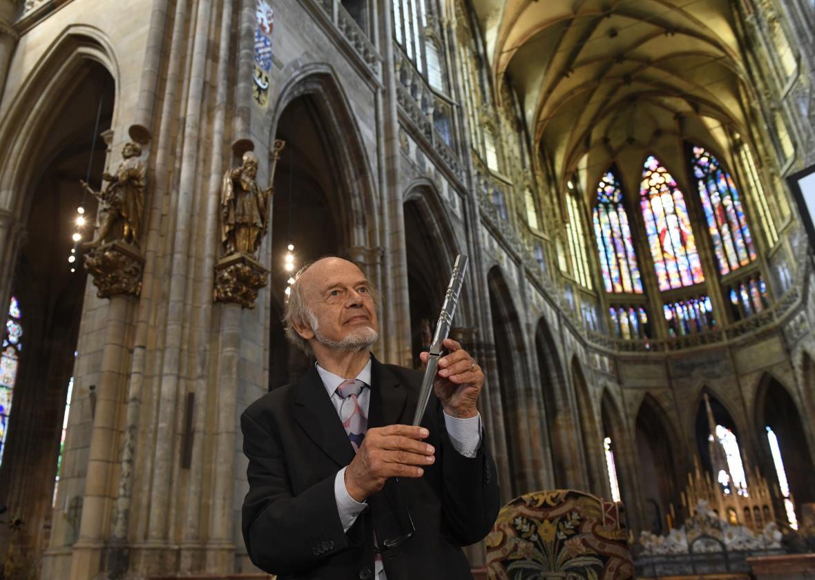 Varhanář Gerhard Grenzing v katedrále sv. Víta