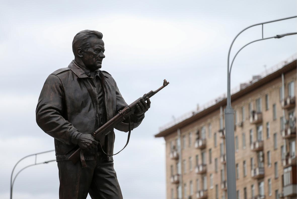 Socha Kalašnikova v Moskvě