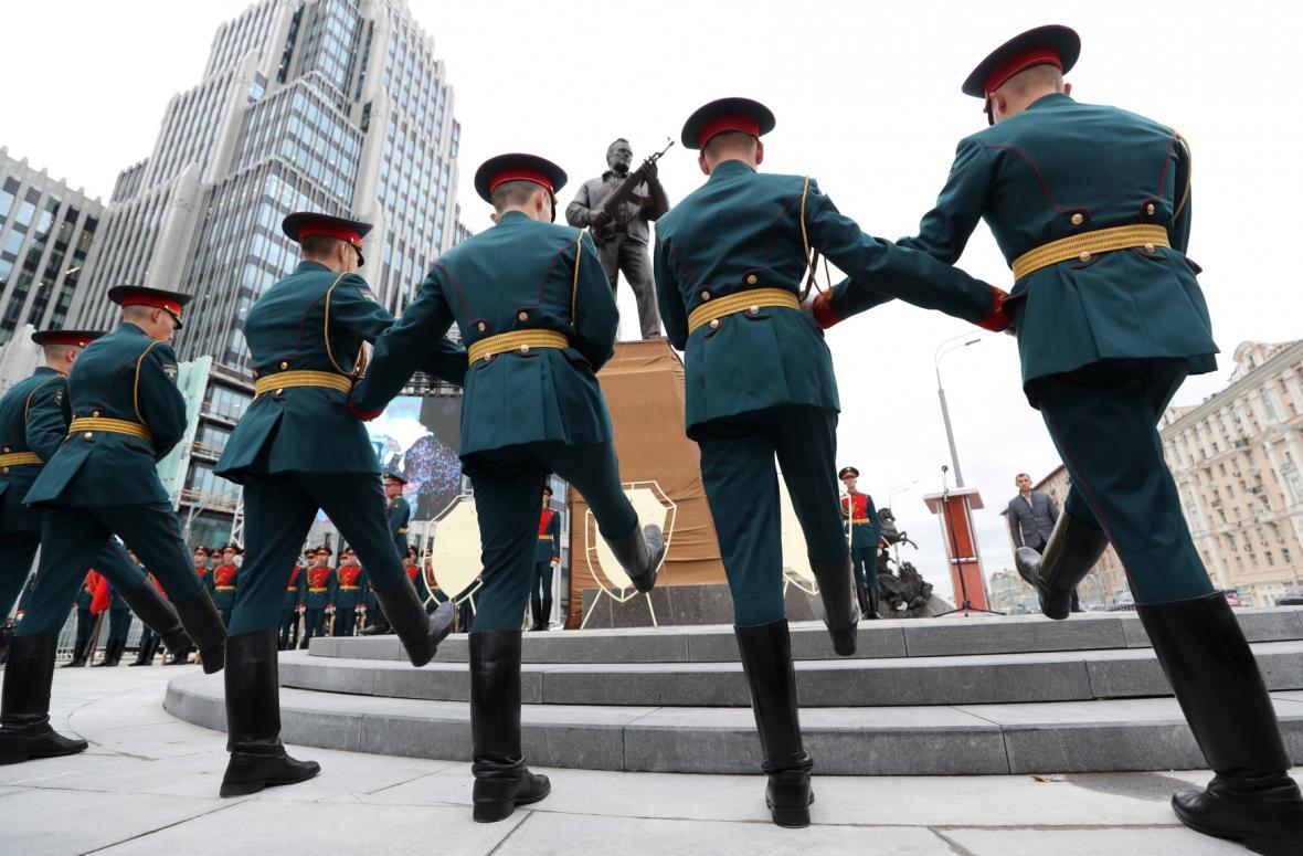 Slavnostní odhalení sochy v Moskvě