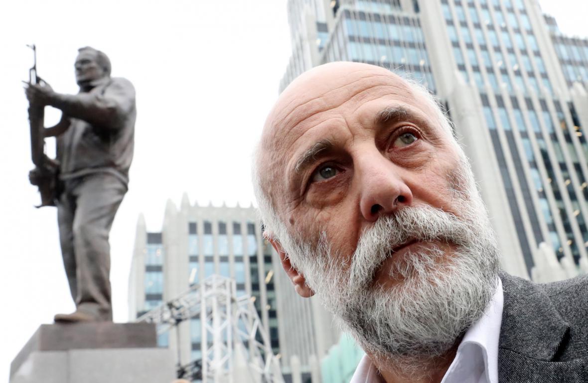 Autor pomníku Salavat Ščerbakov