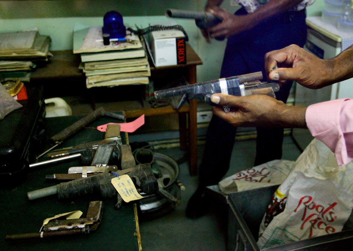 Po domácku vyrobené zbraně využité při vloupáních