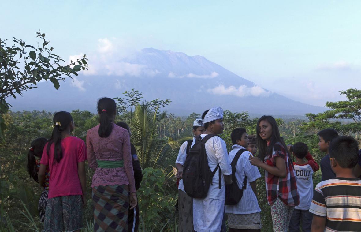 Aktivní sopka Agung na Bali