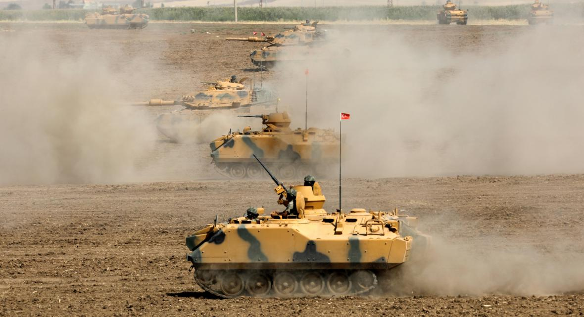 Turci cvičí u hranic s Irákem