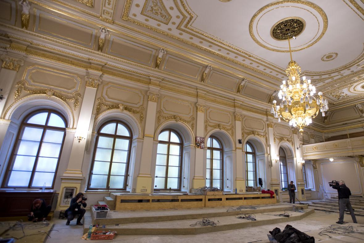Rekonstrukce sněmovny