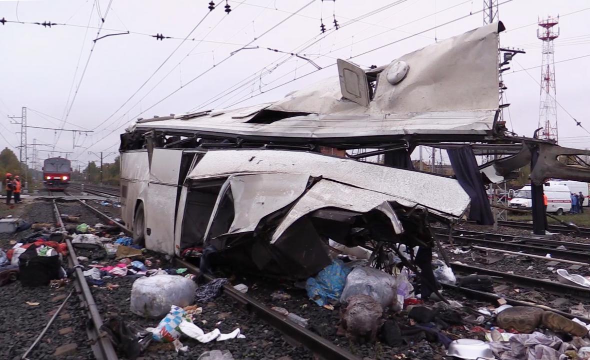 Nehoda autobusu v Rusku