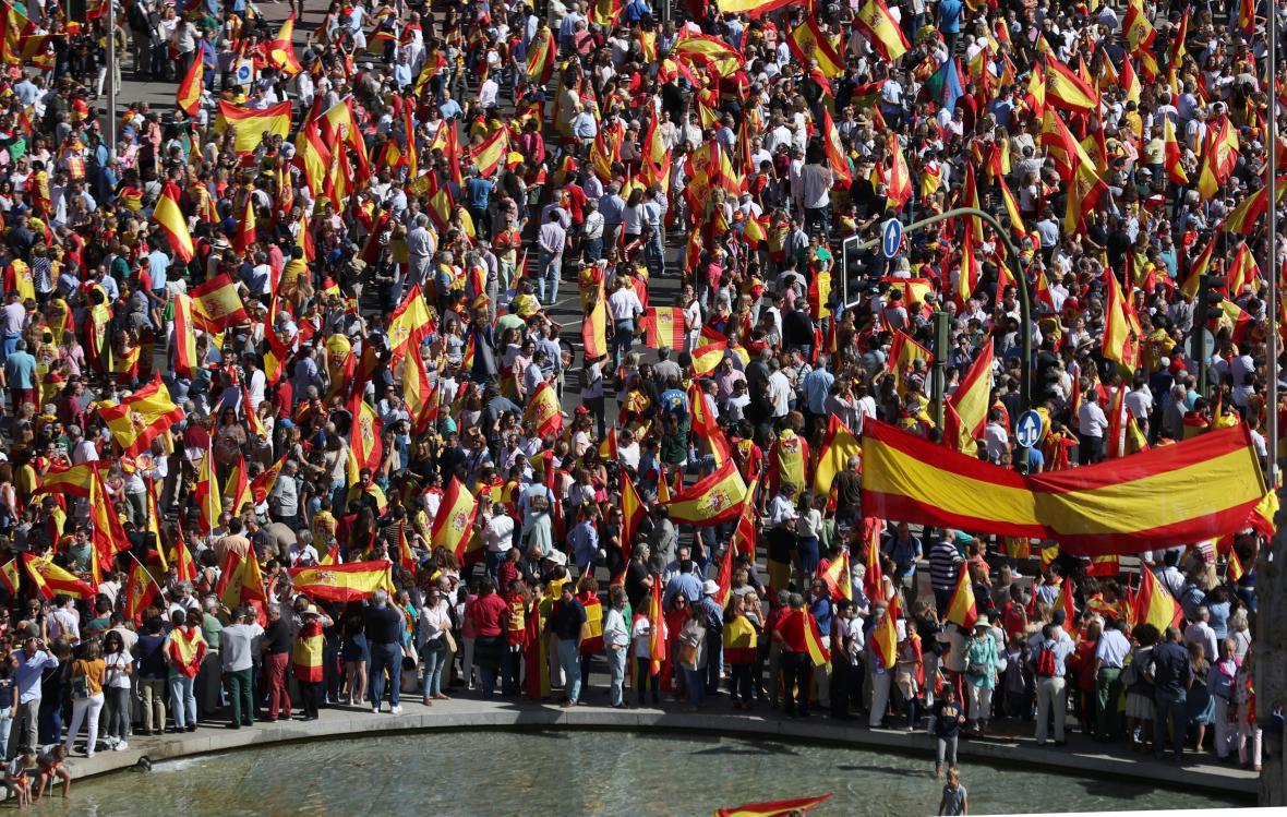 Demonstrace za jednotu Španělska v Madridu
