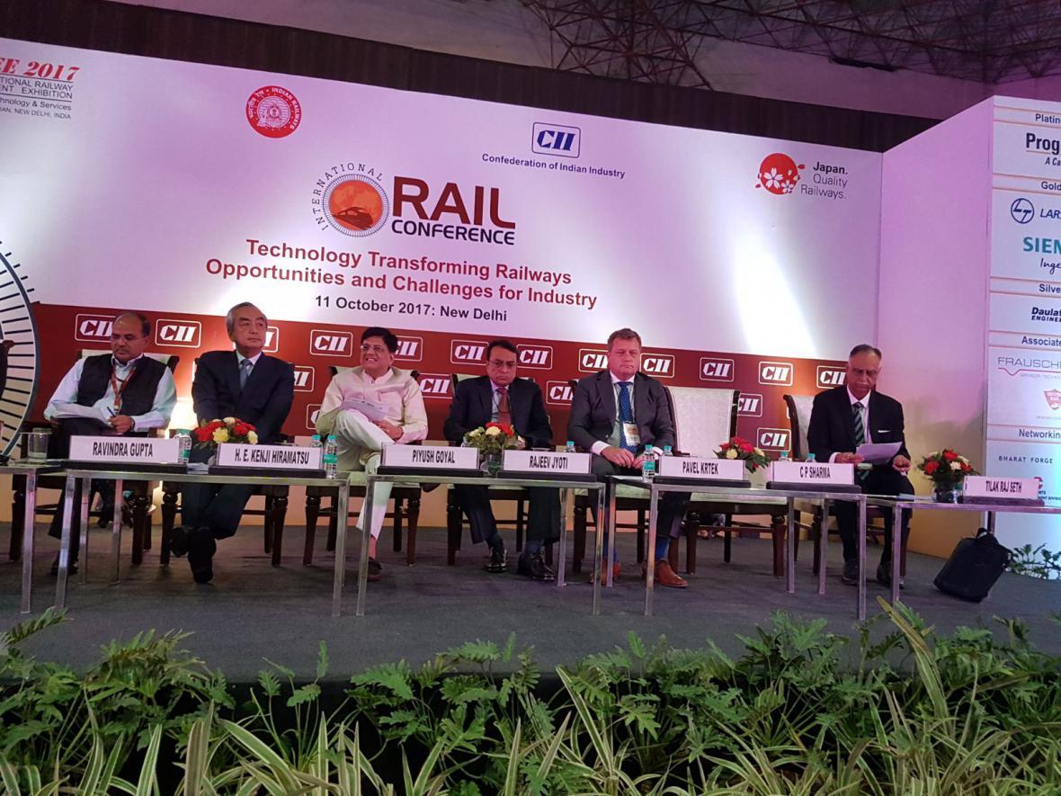 V Indii se představují železniční dodavatelé