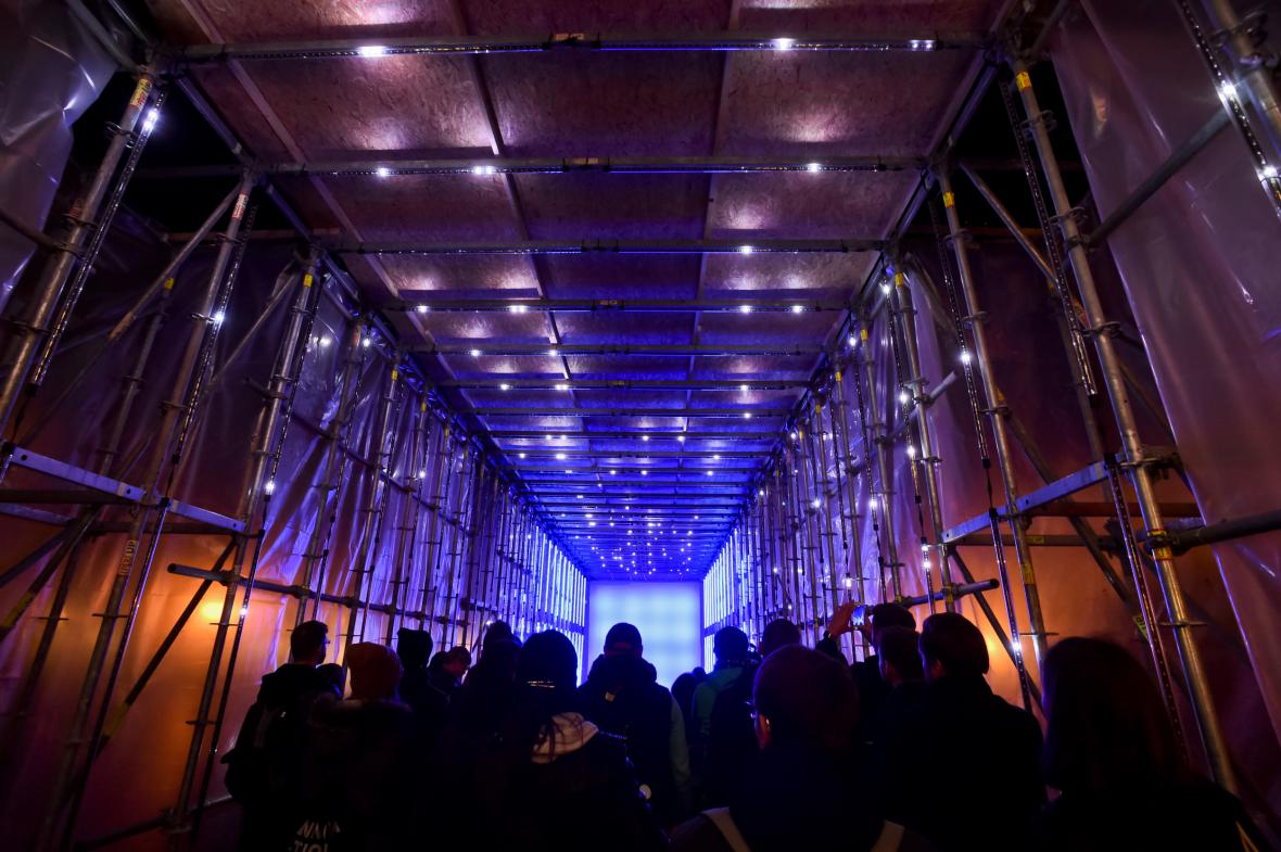 Festival Signal 2017: světelný tunel Beyond (Staroměstské náměstí)
