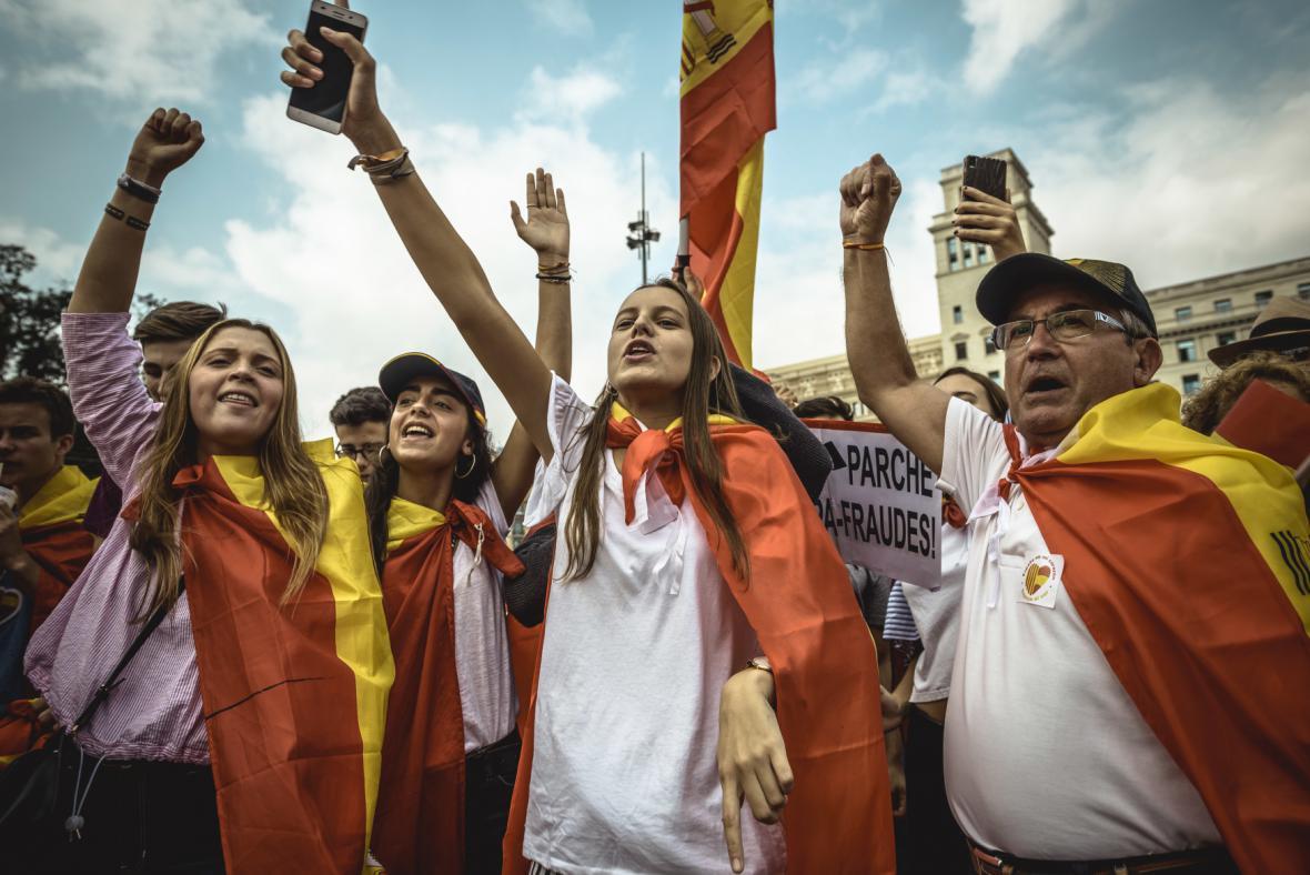 Část Katalánců nezávislost odmítá