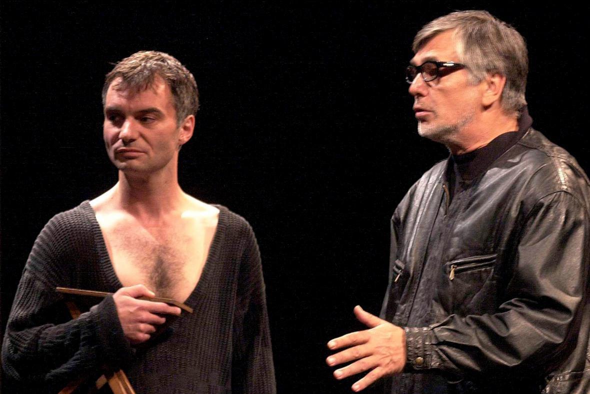 Ivan Trojan a Jiří Bartoška v Příbězích obyčejného šílenství, 2002