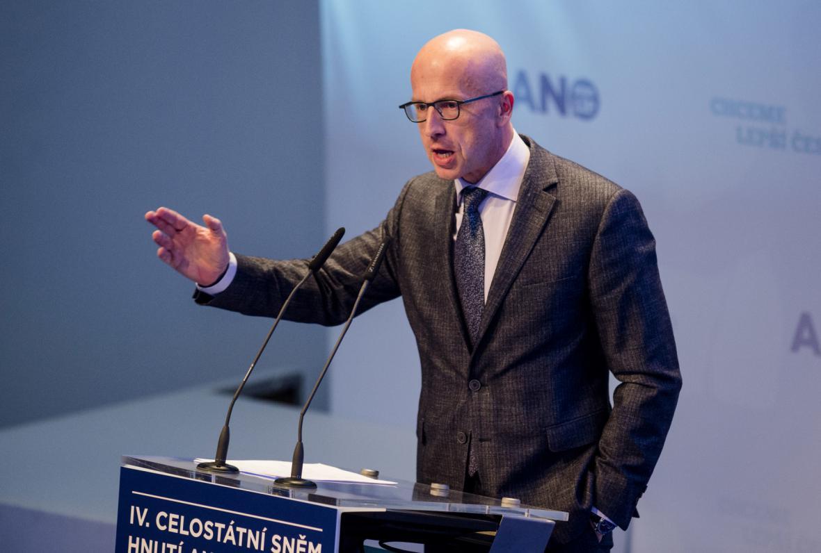 Pavel Telička na celostátním sněmu hnutí ANO v únoru 2017