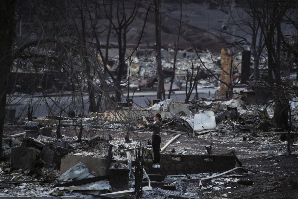 Následky požárů v kalifornském městě Santa Rosa