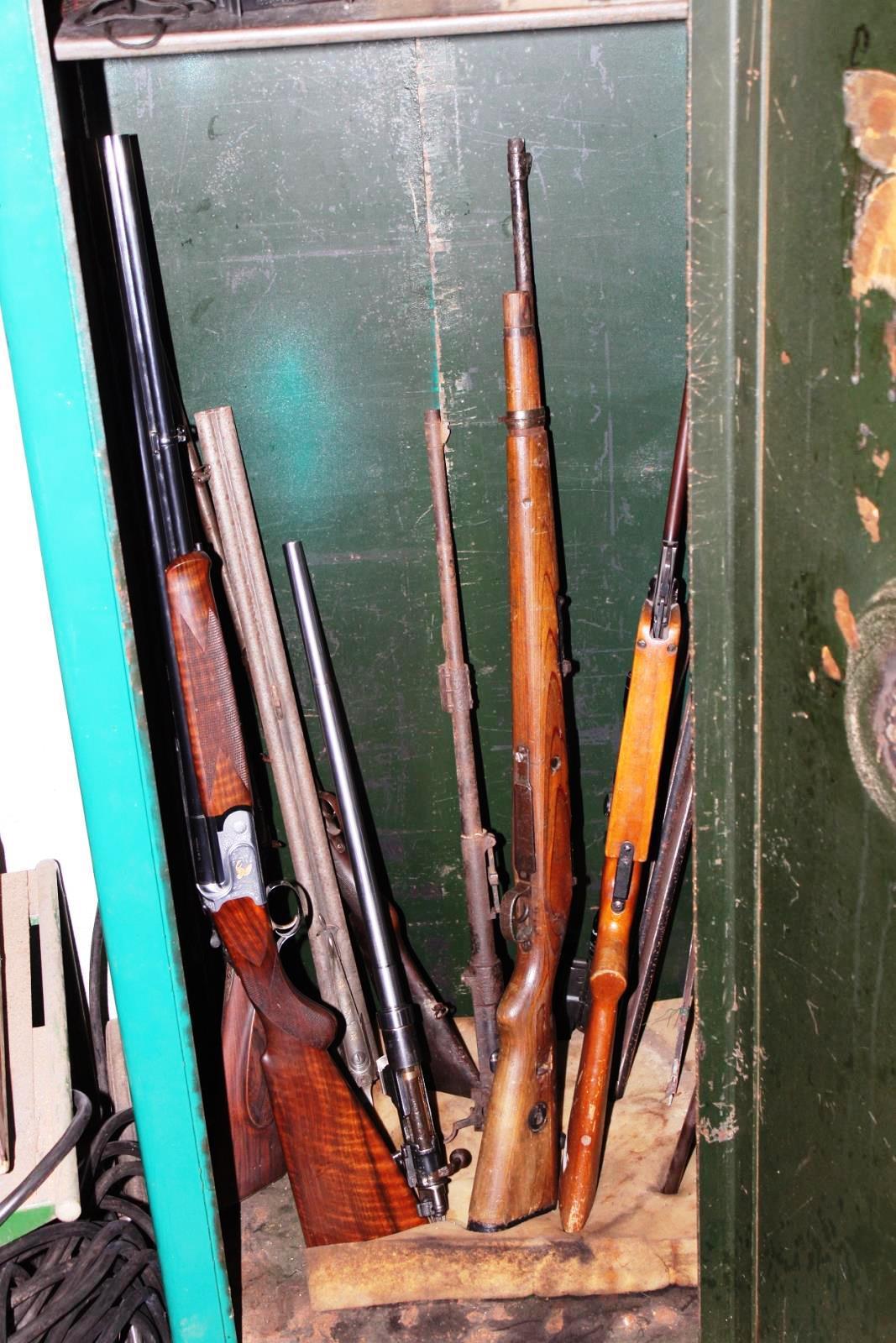 Zbraně zabavené při policejní akci s krycím názvem KOV